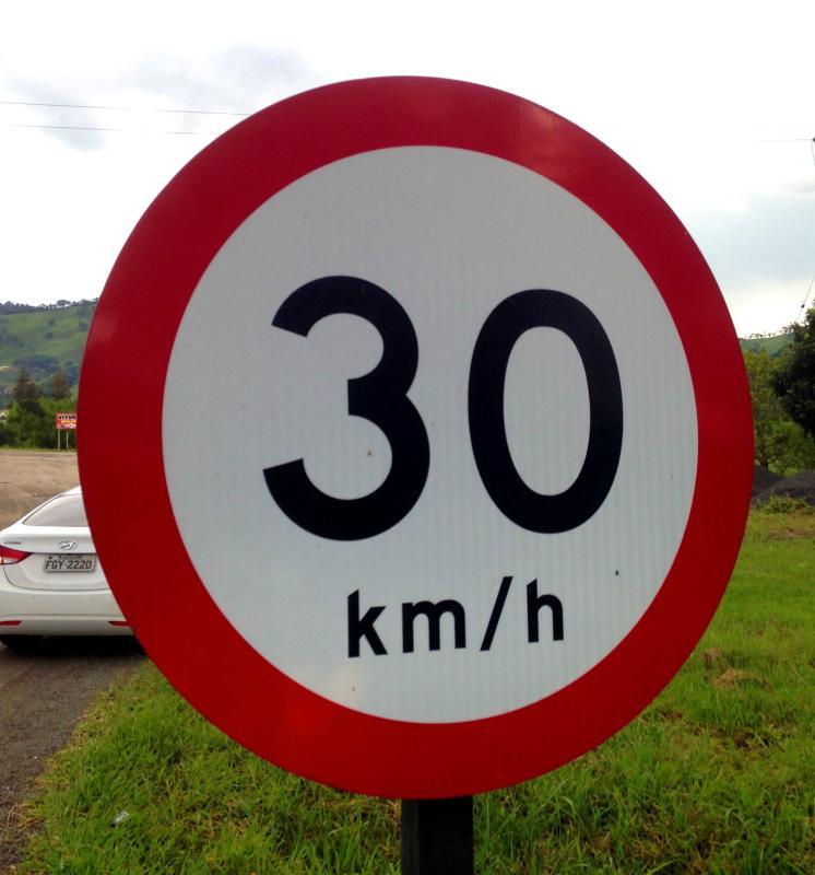Chapa para placa de sinalização