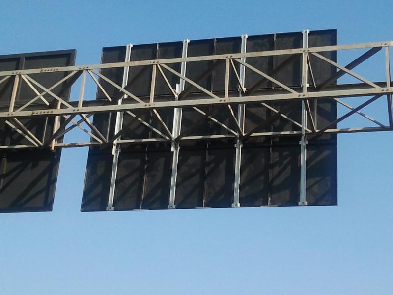 Placas de sinalização vertical
